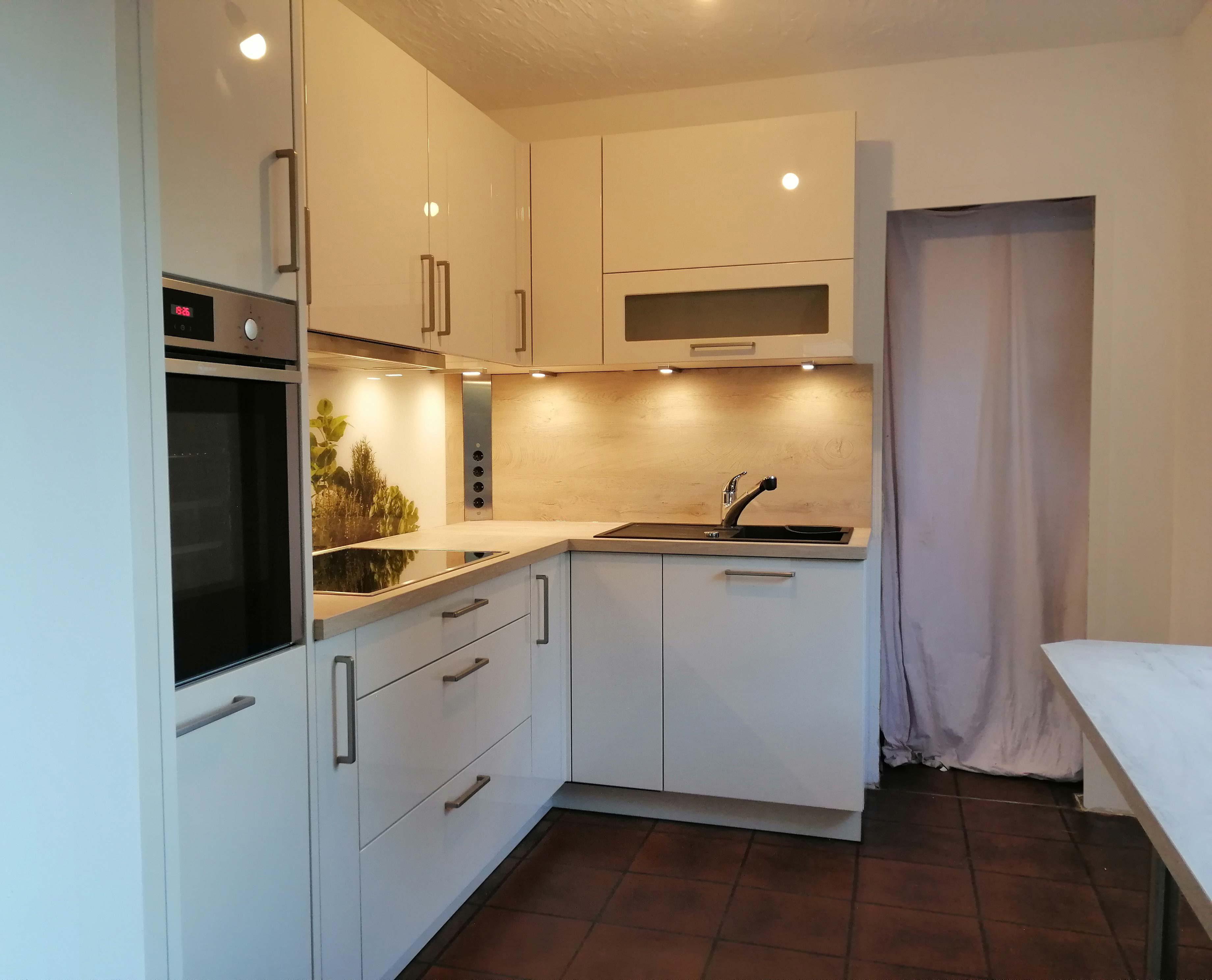 Tischlermeister Blumenstock - Aufbau hochwertige Küche